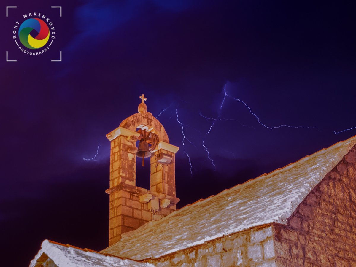 St. Antonio chapel lightning